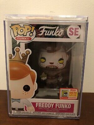 Funko Pop Figure SE Freddy Funko Pennywise LE 4000 Fundays 2018 SDCC Exclusive