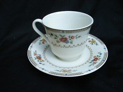 Royal Doulton Kingswood Fine China Dinnerware 1976 TC 1115 CUP AND SAUCER SET