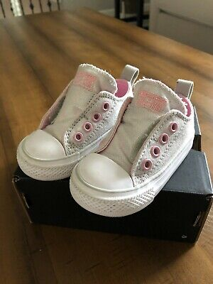 CONVERSE Baby/Toddler Girls Silver/Pink Velcro Shoes Size 4 EUC