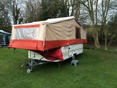 Racket Tamaris 6 berth folding camper