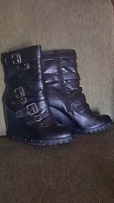 Dollhouse Size 9  Black Wedge Heel Boots Cheetah Liner Casual Zipper