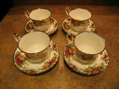 Royal Albert Old Country Roses Cup and Saucer Set of 4