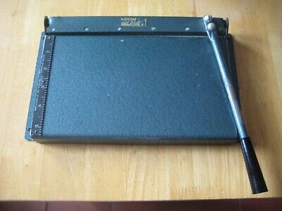 Johnsons of Hendon vintage serrated photo/paper Guillotine