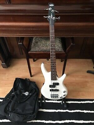 Ibanez GSRM20 Gio SR Mikro Series Electric Bass Guitar white short scale