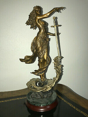 Bronze statue Lady of the Lake    ~   Mint Condition