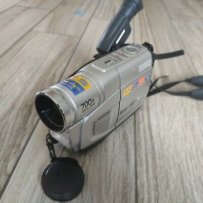 JVC Super VHS Compact Camcorder,  gr-sx25ek, Camescope with box and charger