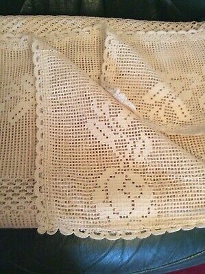 ☘️ Unused antique style vintage thick lace table cloth / bed throw / curtain ☘️