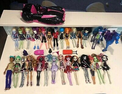 Monster High Dolls Set Large Lot Of 27 With Car & Horse Trotter ++++