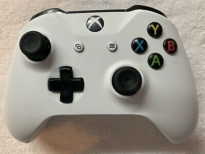 Microsoft  Xbox One Wireless Controller - White - Model 1708 - Used