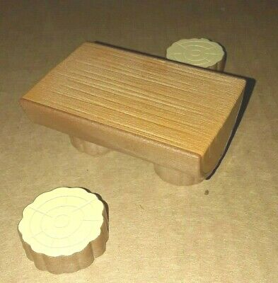 Sylvanian Families Calico Critters Secret Island Playhouse Tree Table & Chairs