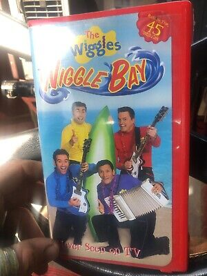 WIGGLES, THE: WIGGLE Bay (VHS, 2003, Clamshell) - $2 50