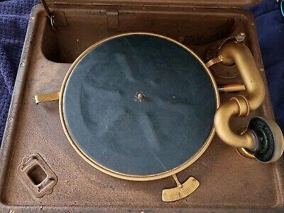 Antique 1920's Victor Talking Machine Orthophonic portable victrola