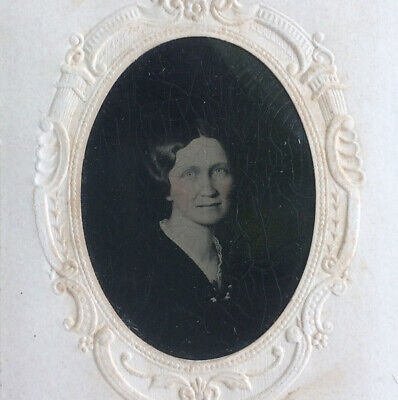 CIVIL WAR ERA, c1865 TINTYPE PHOTOGRAPH OF LOVELY WOMAN FROM PHILADELPHIA
