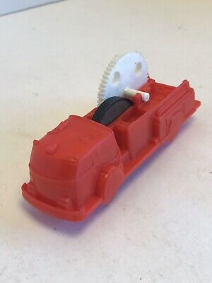 Vintage Fire Truck Toy Rare Impossible To Find 60s To 80s ? Works Great Metal