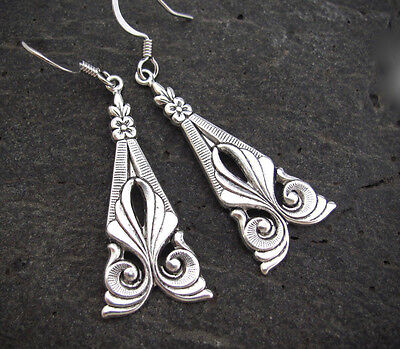 ART NOUVEAU EARRINGS Vintage Design Antiqued Silver Plated Chandelier Flower