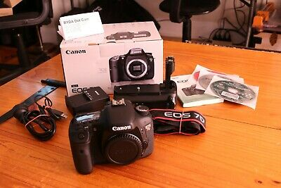 Canon EOS 7D 18.0 MP Camera. Low shutter count 7221