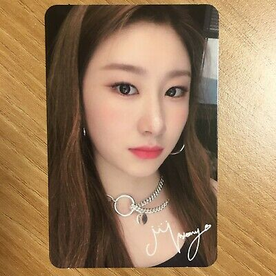 ITZY 1st Mini Album Official Photocard  ICY IT'Z Chaeryeong Photo Card K-pop