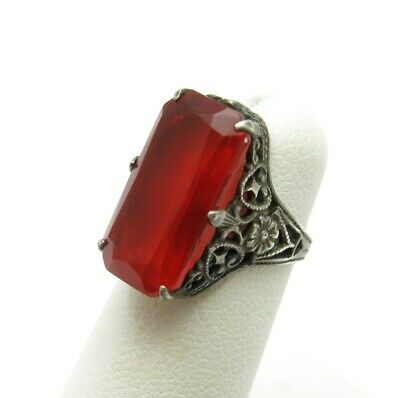 Vintage Sterling Silver Rectangle Red Glass Floral Detail Filigree Ring