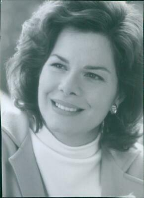 Portrait of Marcia Gay Harden in the film Flubber, 1997. - Vintage photo