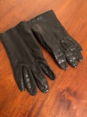 a pair of womens vintage leather gloves Cara By Gates Size Medium