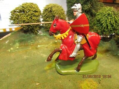 Vintage  Britains Knights Of Agincourt Mounted Medieval Knight With Lance 1:32