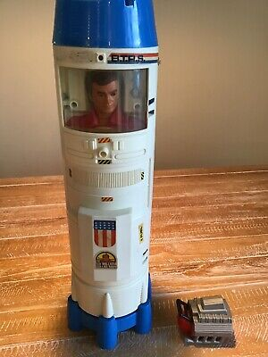 Kenner Six Million Dollar Man with Bionic Repair And Transport Station