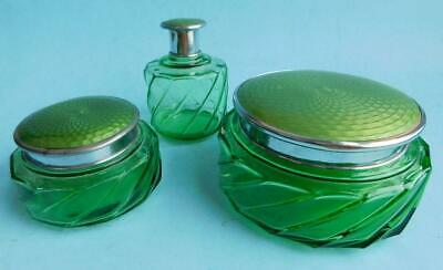 Art Deco Green Depression Glass 3pce Dressing table Set Basse-taille lids