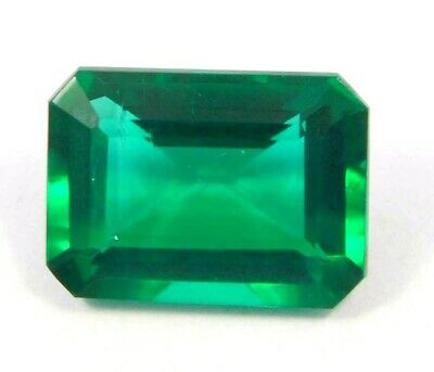 Treated Faceted Emerald Gemstone14CT 16x11mm  NG16158