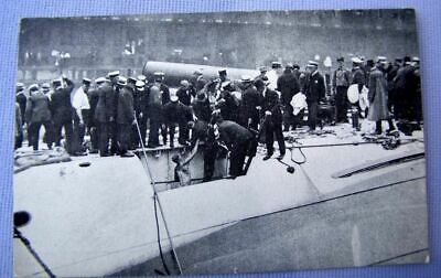 1915 PC (postcard) SS EASTLAND sinks Chicago 844 drown: RECOVER BODIES   (A-4)