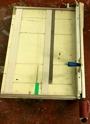 Very Large ~Hand Guillotine  - cuts 700 mm in good condition