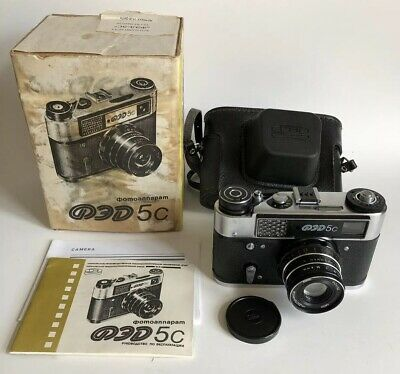 VINTAGE FED-5C RANGEFINDER FILM CAMERA Boxed w Instructions, Spool & Case Soviet