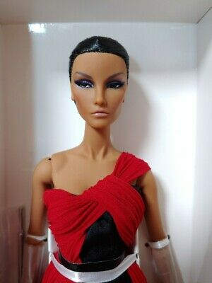 Fashion Royalty Elyse Elise NET A PORTER EXCLUSIVE Doll by JASON WU NRFB