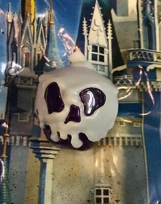 Disney Parks Halloween 2019 Evil Queen Poison PURPLE Apple GLOW CUBE NEW In Hand