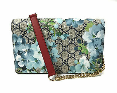 033d519e NIB GUCCI BLOOMS GG SUPREME PRINT WALLET ON THE CHAIN Hibiscus Red w ...
