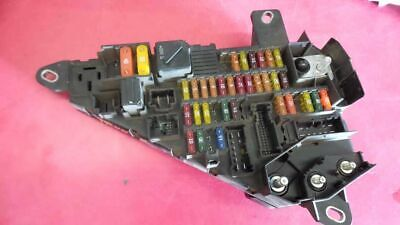 TRUNK MOUNTED FUSE BOX 6906588 6000819437 FITS 04-05 BMW 525i 135123