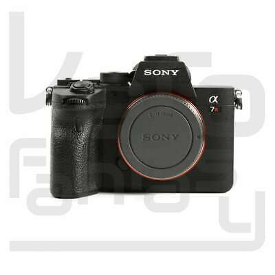 Genuino Sony Alpha a7R IV Mirrorless Digital Camera Body Only