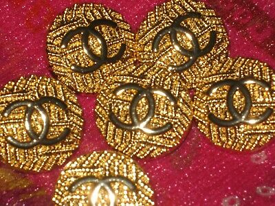 CHANEL 5 BUTTONS GOLD 21mm ,  metal with  cc logo 5