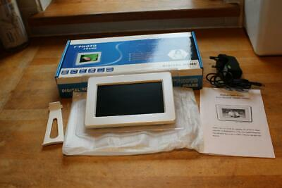 """Digital Home 7"""" digital photo frame in Mint condition - FREE UK POSTAGE"""