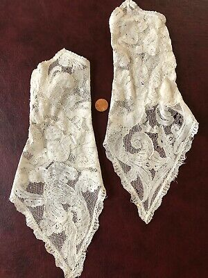 Extraordinary pair Victorian sleeves of 17th C. Milanese bobbin lace COLLECTOR