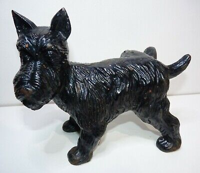Vintage Black Cast Iron Scottie Dog with Leg Cocked Doorstop/Garden ornament