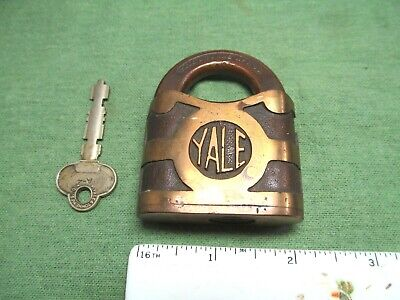 Vintage / Antique Yale & Towne Brass Padlock Lock with Key - Works - U.S.A.