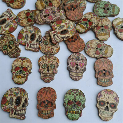 50pcs Skull Head Wood Buttons 18 25mm Sewing Craft Holes Mix Butto Lots 2 O U4Y3