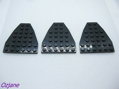 x1 @@ BLACK @@ NOIR LEGO 2625 @@ Boat Bow Plate 7 x 6 without Stud Notches