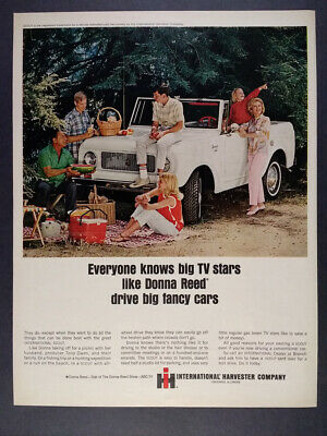 1965 IH International Harvester SCOUT Donna Reed photo vintage print Ad