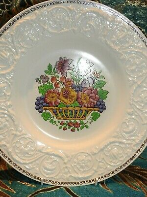 Wedgwood Patrician Shape Plate 'Windemere'  Hand Painted Basked Design