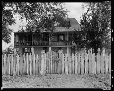 Stonewall,balconies,hip roofs,gates,houses,LA,Louisiana,Architecture,South 9754