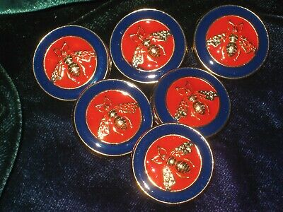 100% Gucci 🌺 6  red buttons , navy blue , gold  bees , 21 mm  lot 6 ❤️