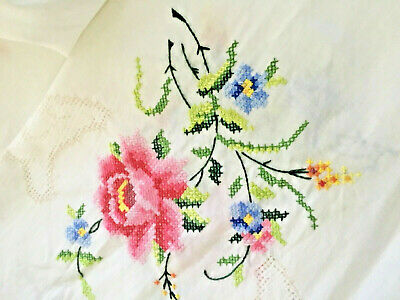 """Vintage TABLECLOTH Hand Embroidered LINEN 1950s. Era 49""""sq Pink roses"""