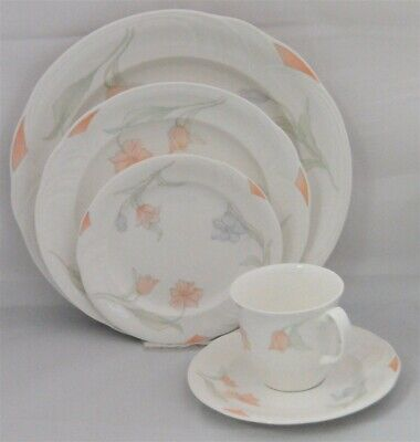 1-Royal Albert Fantasia 5 Piece Place Setting - New Never Used
