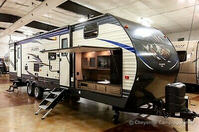 2019 Palomino Puma 30FBSS Front Bunkhouse Used Travel Trailer w/ Outdoor Kitchen